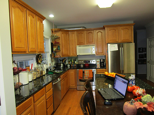 Kitchen Cabinet Refinishing Before